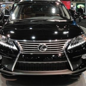 Gama Lexus 2013.