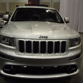 Jeep Grand Cherokee SRT8 2012.