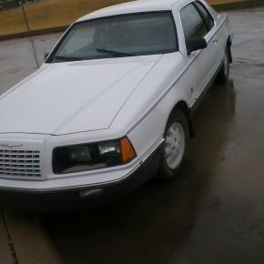 Rarezas circulando 9: Ford Thunderbird 1984 EdicionFila.