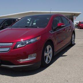 Manejando: Chevrolet Volt2012.