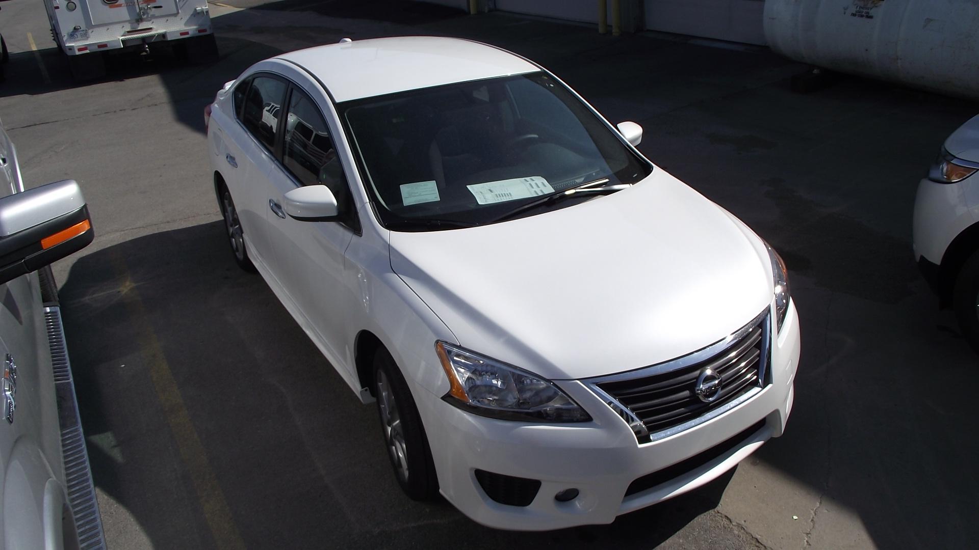 Ya a la venta: Nissan Sentra 2013. | ALSRAC Productions