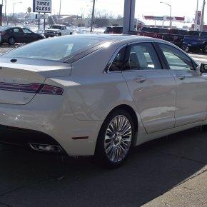 Ya a la venta: Lincoln MKZ2013.