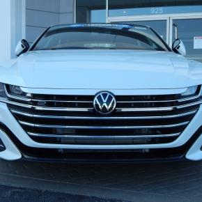 Mini Actualizada: VW Arteon2021.