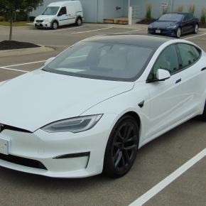 Tesla Model S 2021: La tercera es lavencida.